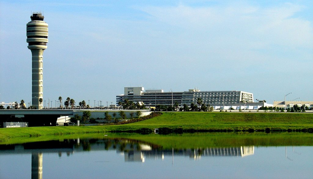 """Orlando International Airport Named """"Best Large Airport"""" in USA Today 10Best Contest"""